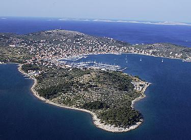 Küste der Insel Murter Kroatien