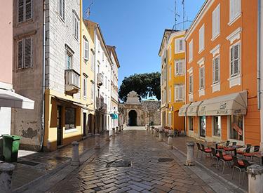 Eine Gasse in Zadar