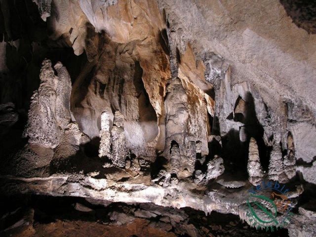 Naturpark Velebit Tropfsteinhöhle