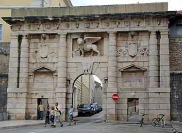 Porta Terraferma Zadar