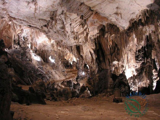 Naturpark Velebit Höhle